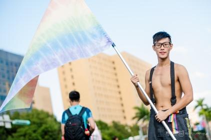 同志婚紗:海蛙攝影:austin:hiwow.studio:婚姻平權:LGBT:情侶寫真:凱達格蘭大道:2018台北同志大遊行33