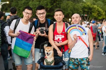 同志婚紗:海蛙攝影:austin:hiwow.studio:婚姻平權:LGBT:情侶寫真:凱達格蘭大道:2018台北同志大遊行54