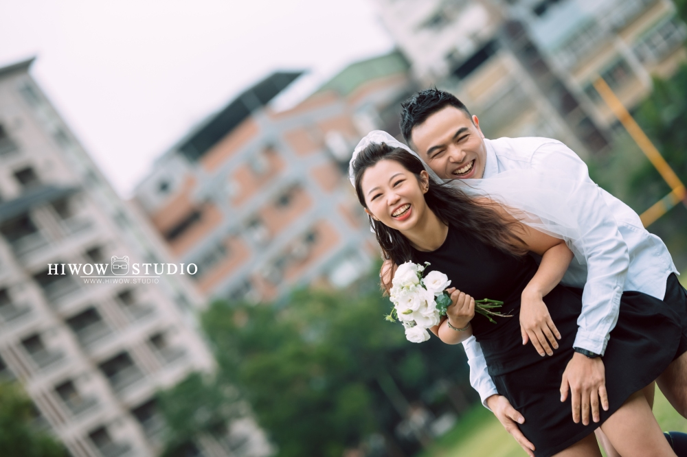 HIWOW 海蛙 海蛙攝影 自助婚紗 淡水 輕婚紗 情侶寫真 橄欖球