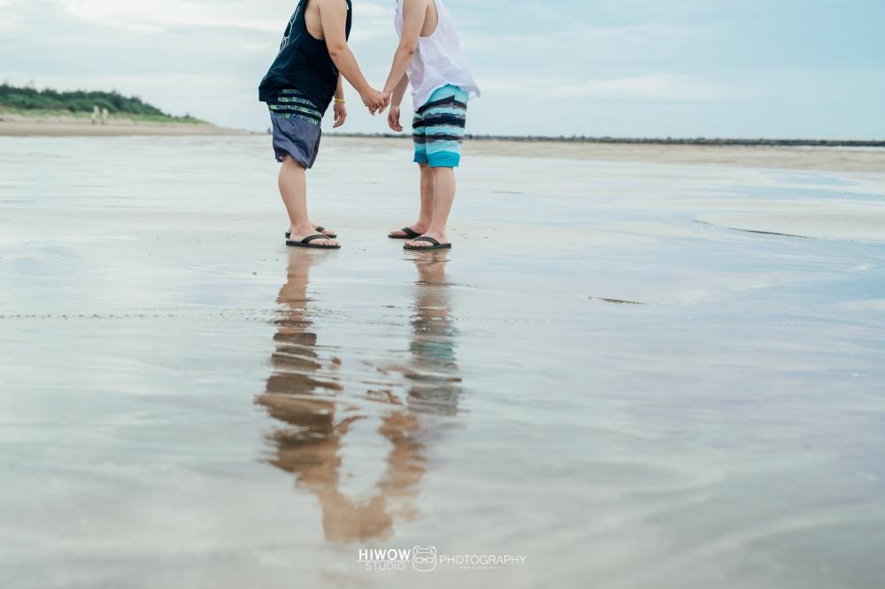 同志婚紗 海蛙攝影 hiwow.studio 情侶寫真 生活風 日常 海邊 淡水10