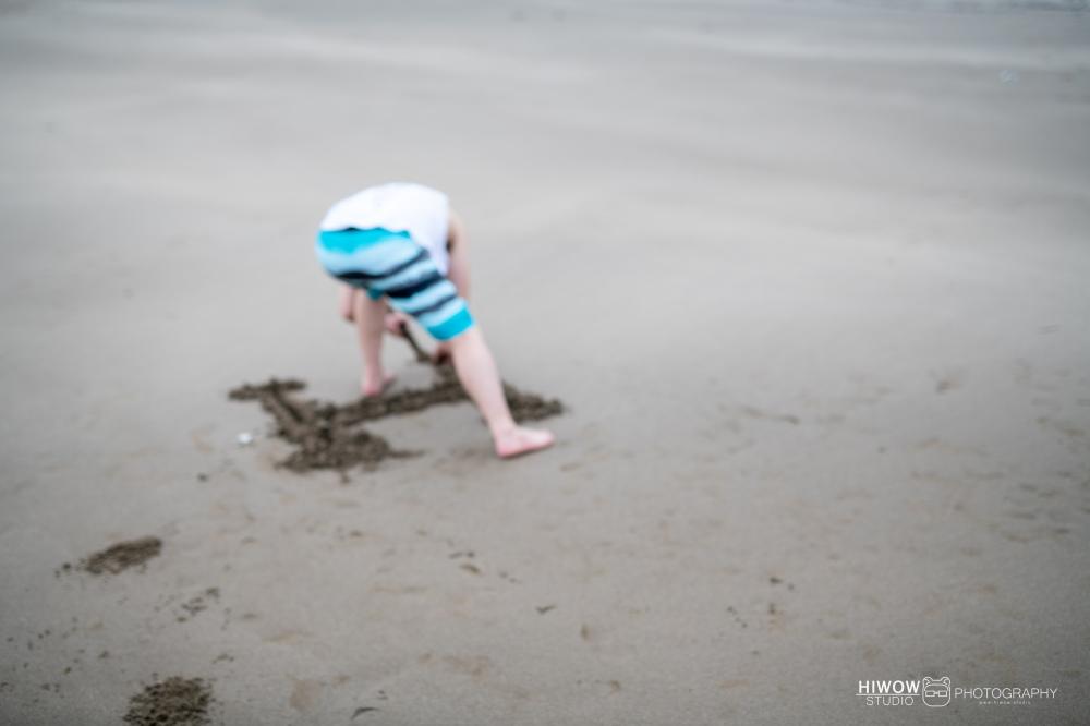 同志婚紗 海蛙攝影 hiwow.studio 情侶寫真 生活風 日常 海邊 淡水25